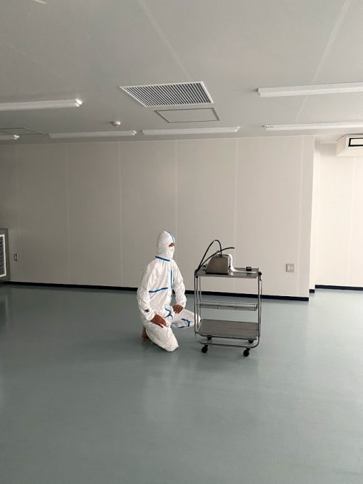 クリーンルーム新設工事 写真